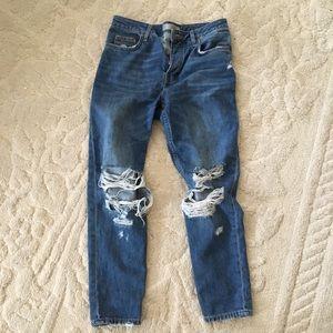 Topshop Hayden Boyfriend Ripped Knee Jeans